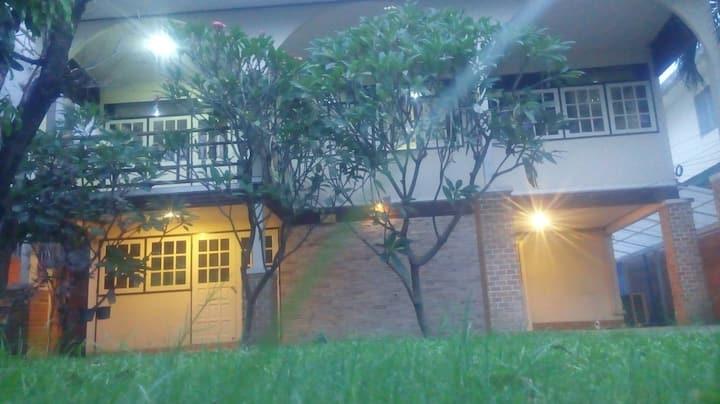 Airbnb Baan Imoun1 @ Arcade Chiangmai