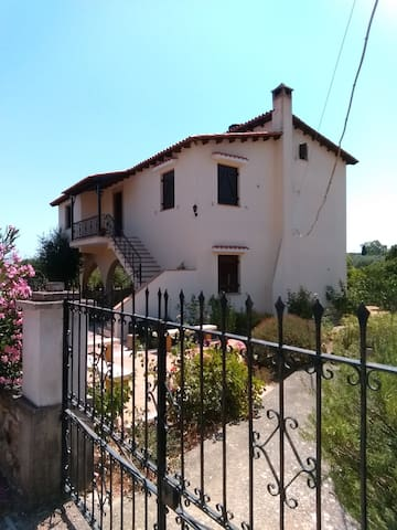 Traditional House in Neohori, Chios