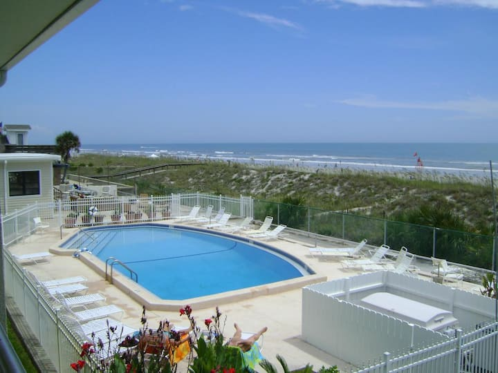 Oceanside Bliss steps from the Beach!