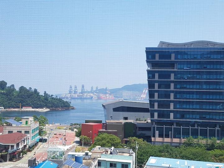 ^^옥포항이보이는 전망 좋은아파트 ^롯데마트인근^^바다야경이좋은집^^