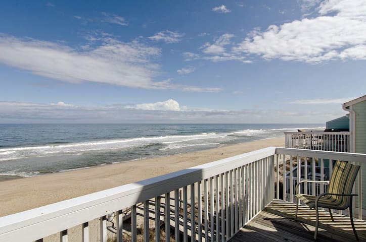 Rivera-Oceanfront townhouse with covered deck to entertain the whole family