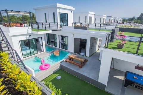 Dom Huahinów, prywatny basen. Basen Villa w pobliżu morza.