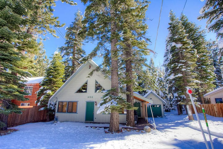 Remodeled Cabin with Perfect Access to Reknown Ski Resorts - South Lake Tahoe - Ξυλόσπιτο