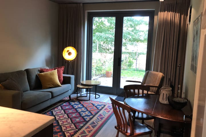 Luxe Guestsuite/ClimateFriendly/5 minutes to A'dam