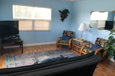 2/BED ROOM APT. on PASS A GRILLE  FAB SUNSETS