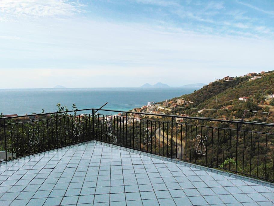 La terrazza privata dell'appartamento