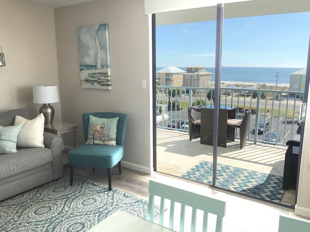 Beautiful Condo Gulf View Two Balconies GSSRC 501A