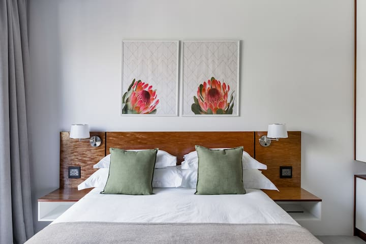 Tranquil space with luxury linens,  stylish and comfortable