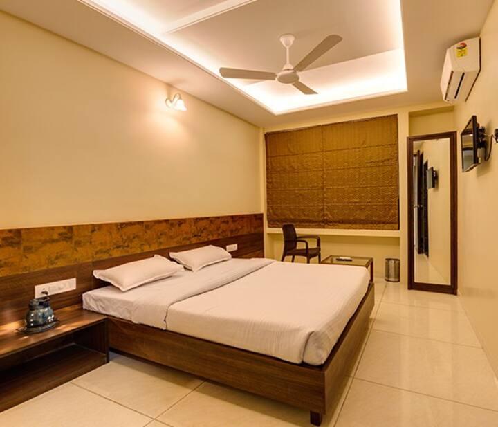 Hotel Darshan, Kolhapur Deluxe Room Ac