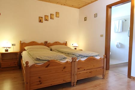 double room in Cavalese - Cavalese