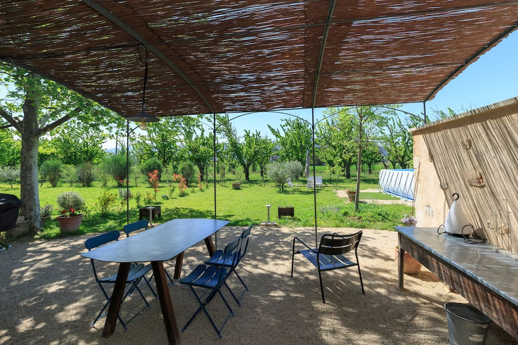 La terrasse et le jardin privés sans vis à vis