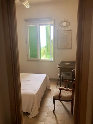 First floor: Bedroom  - double bed 140 cms