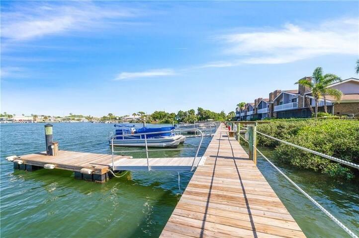 Villa with Private Boat Slip