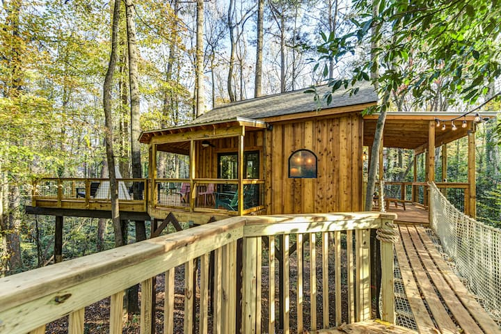 Treehouse Escape on 5 Acres- TreeHausATL