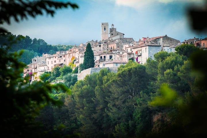 Beautiful Provençal Villa Stunning views, fab pool