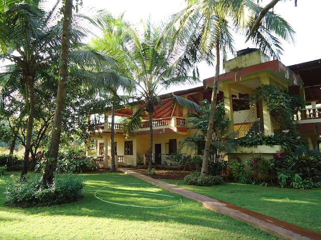 Home Studio in Cavelossim, Goa