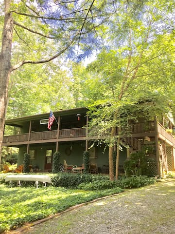 hindu single women in lake toxaway Vacation rental homes located at lake toxaway  the lake cabin boasts a serene and inviting destination  best rate $58 for mid-wk single occ full apt w .