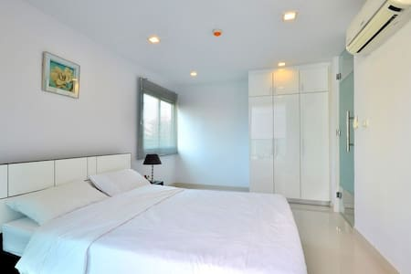 Room Share in center of Hoc Mon Truong