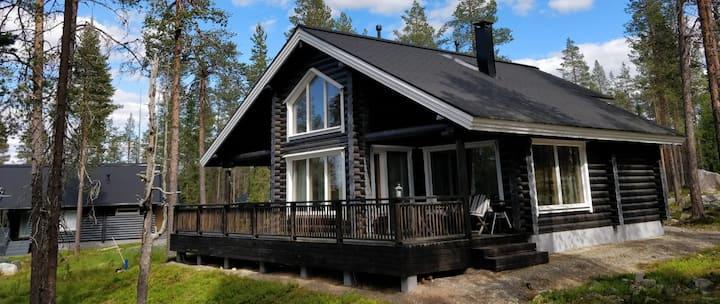 High quality lodge in Äkälompolo