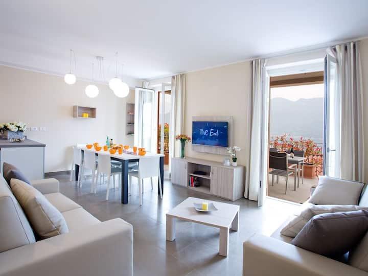 Residence Sala Comacina Apartment 4