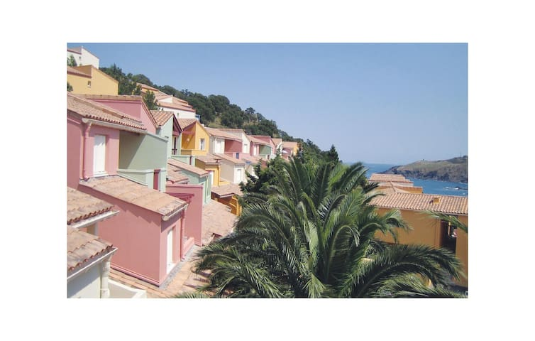 Holiday apartment with 1 bedroom on 34 m² FLP106