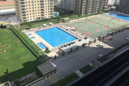 Lux apartment shared with owner only+gym+pools