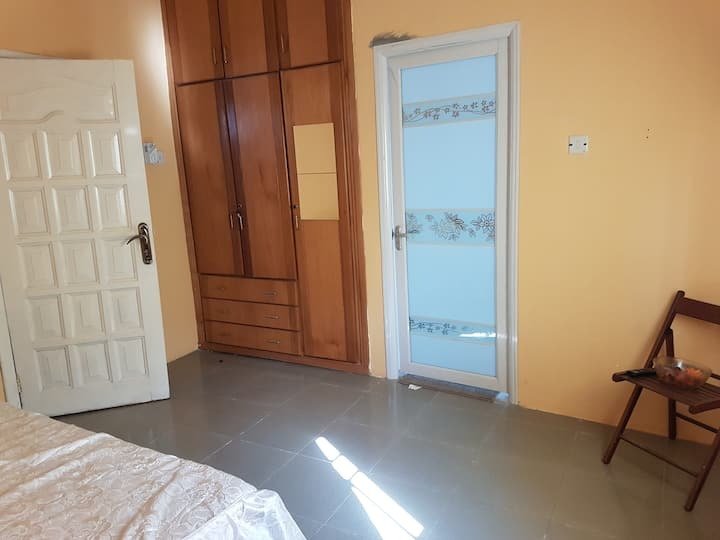 Luxury Double Room @ Manet Ville, Spintex