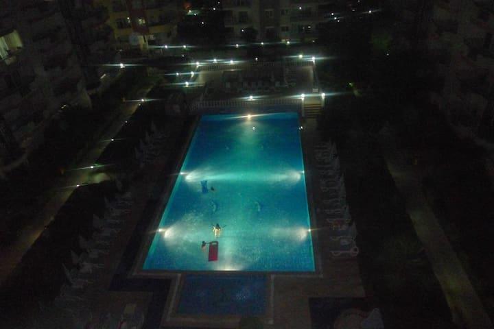 3+1  Wohnung zu vermieten in Alanya - Mahmutlar - Flat