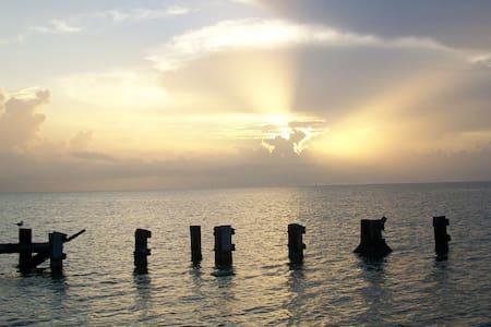 Copano Bay Retreat - Bayside