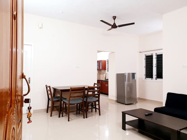 New & Fully Furnished 2Bhk/1Bhk @Velachery S3