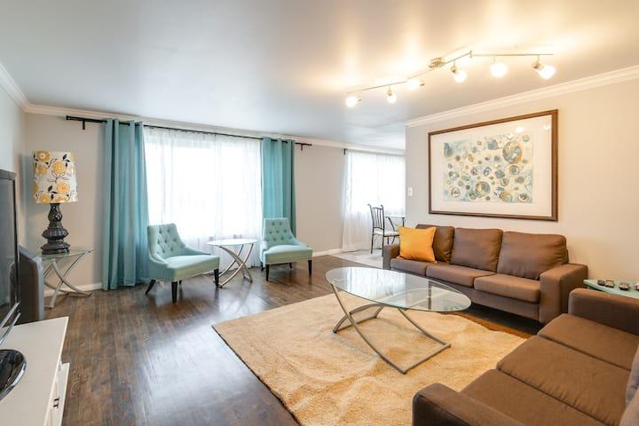 Lovely Midcentury Modern Inspired 3 Bedroom House