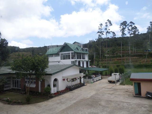 Jayamal Rest - Nuwara Eliya - Bed & Breakfast