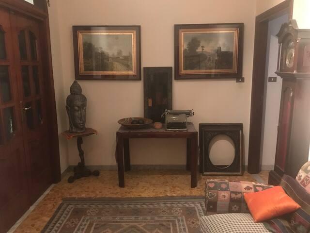 Camera doppia o matrimoniale ben collegata 1