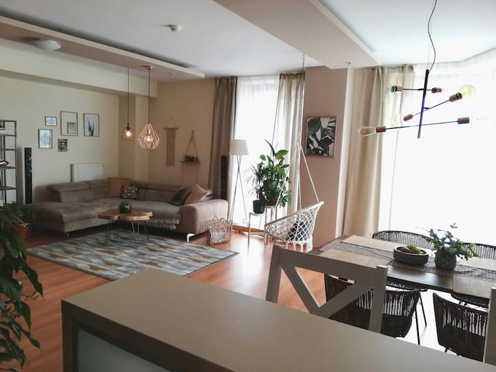 *TOP* BIG/80m2/ COZY 2ROOM APT 5MIN FROM CENTER