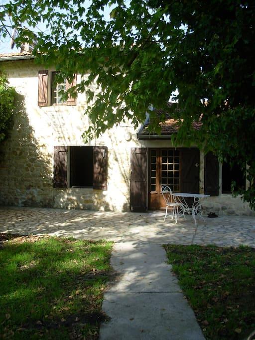 Landhaus aus Naturstein