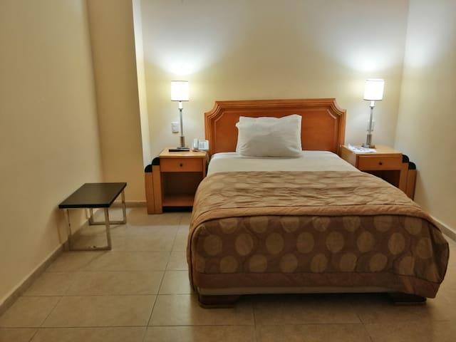 Ramada Residence, habitación con servicio de hotel