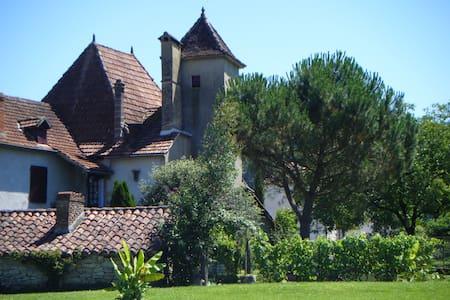 Vos vacances au Dom - Cornac - Haus