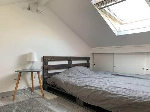 Chambre duplex lit double /Metro 13