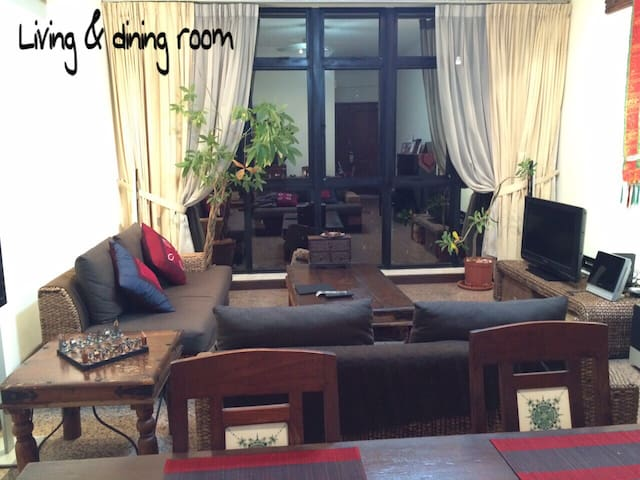 Room-INSEAD, Metropolis, NTU, NUH-min 3-month rent