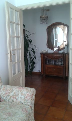 Stanza ampia e luminosa a Pontremoli - Pontremoli - Lägenhet