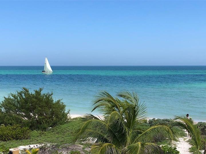 Vivienda en el Puerto de Telchac, Yucatan, México
