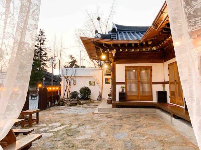 청미당 4호실 소소하게 _ 전주한옥마을 '1인/2인' 가성비 좋은 한옥집