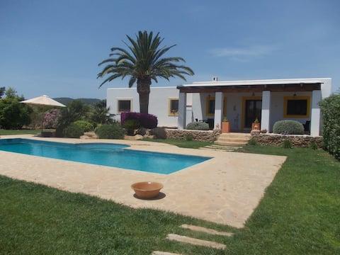 Hermosa casa ibicenca Can S'Hort ETV-1565-E