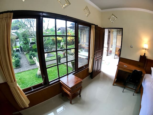 Private Room & Kitchen with Garden View by stream