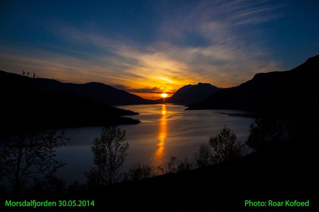 Utsikt fra campen ut over Morsdals fjorden