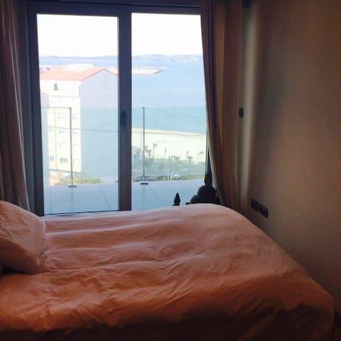 Duerme mirando al mar en Sada - Sada - Condo
