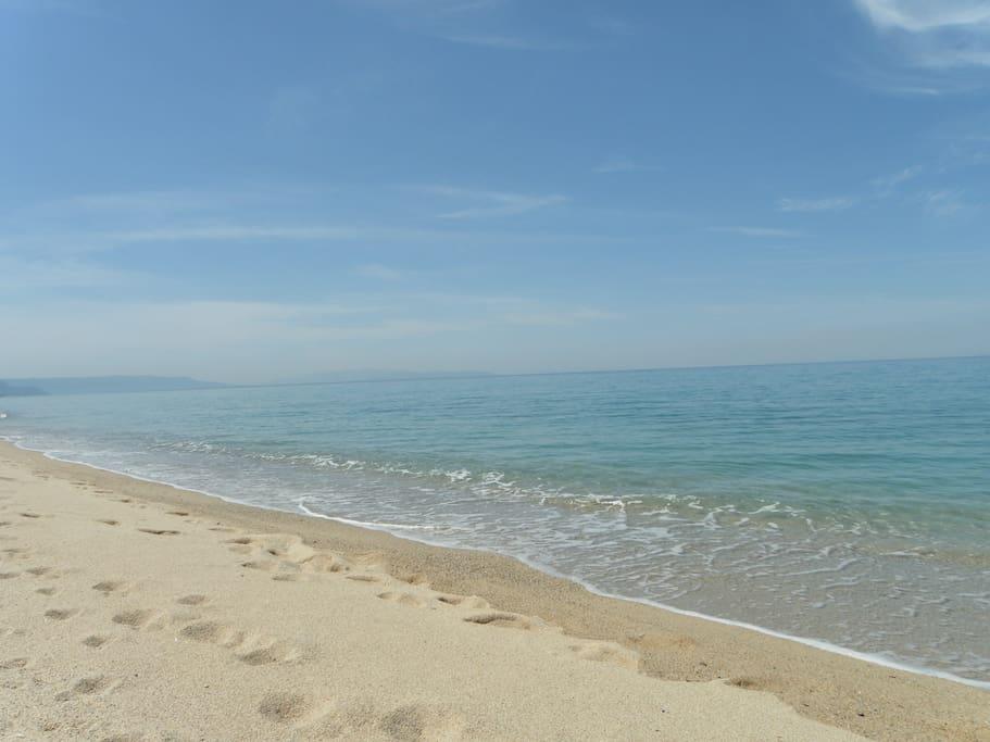 Spiaggia libera ed immensa