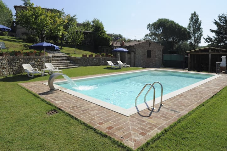 Camera in campagna - Siena - Bed & Breakfast