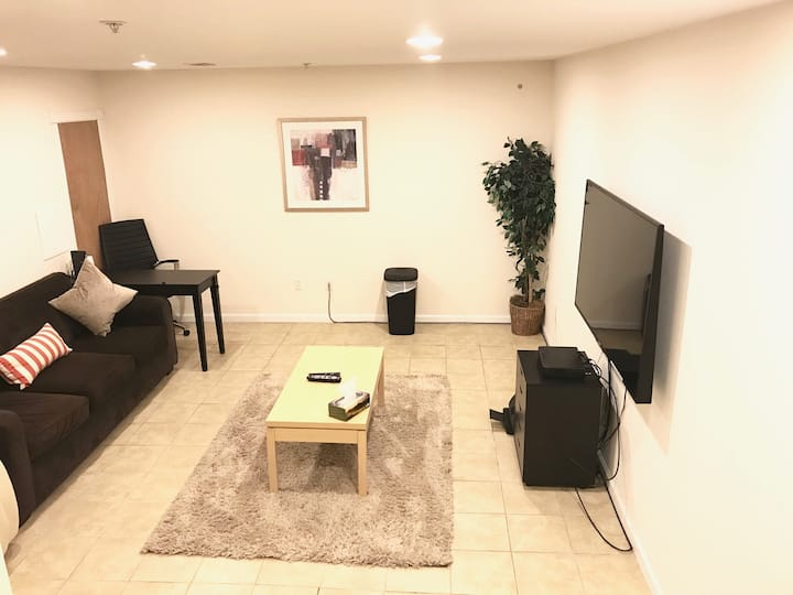 King Suite, 60 in TV, Lounge Area