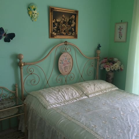 Beautiful room in shared house! - Barile - Flat